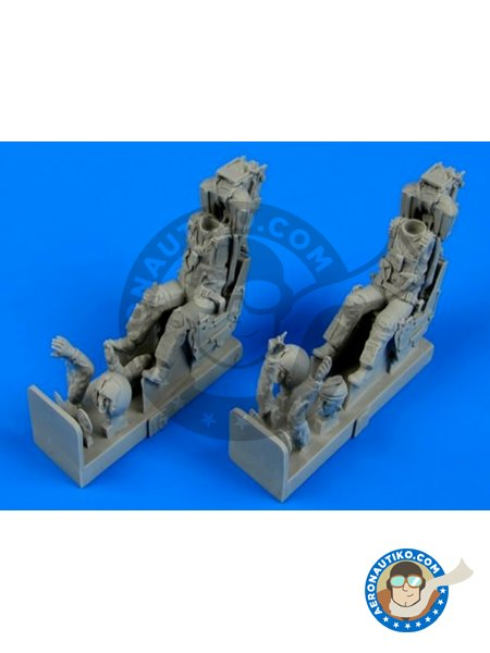 F-4B/N/J/S US Navy pilot & operator w/ ejection seats | Figure in 1/48 scale manufactured by Aerobonus (ref.480070) image