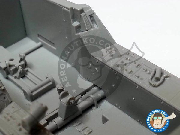 Image 4: F/A-18C Hornet cockpit set | Cockpit set in 1/32 scale manufactured by Aires (ref. AIRES-2035)