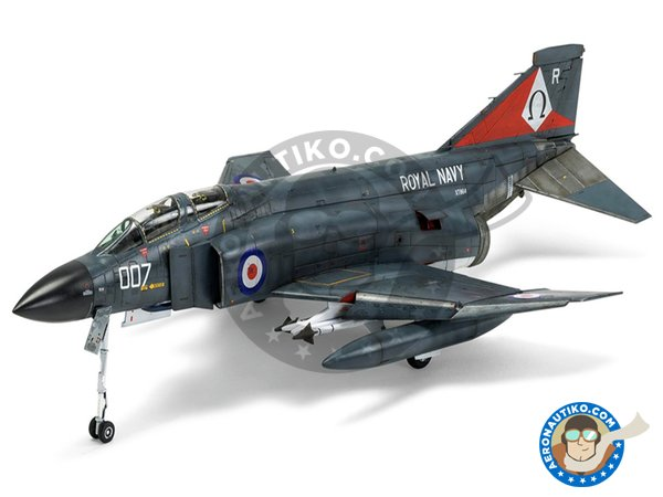 Image 2: McDonnell Douglas FG.1 Phantom II | Airplane kit in 1/48 scale manufactured by Airfix (ref. A06016)