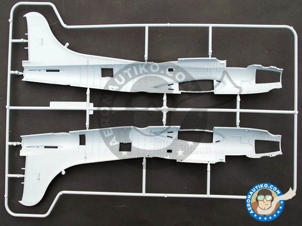 Image 2: Boeing B-17 Flying Fortress G | Airplane kit in 1/72 scale manufactured by Airfix (ref.A08017)