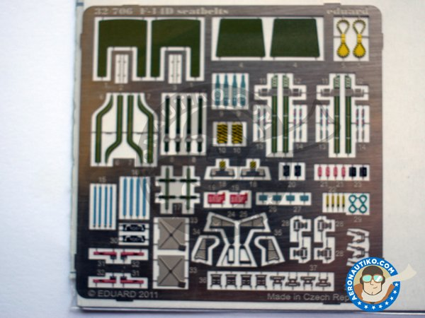 Image 1: Grumman F-14D seatbelts | Coloured photo-etched cockpit parts in 1/32 scale manufactured by Eduard (ref. 32706)