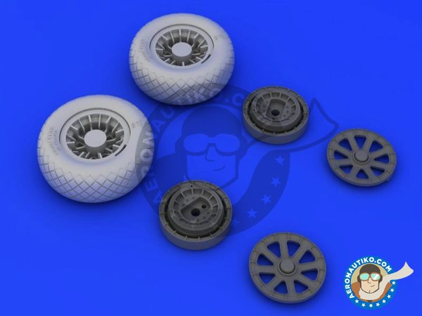 Image 1: F4U-1 wheels diamond pattern | Wheels in 1/32 scale manufactured by Eduard (ref. 632052)
