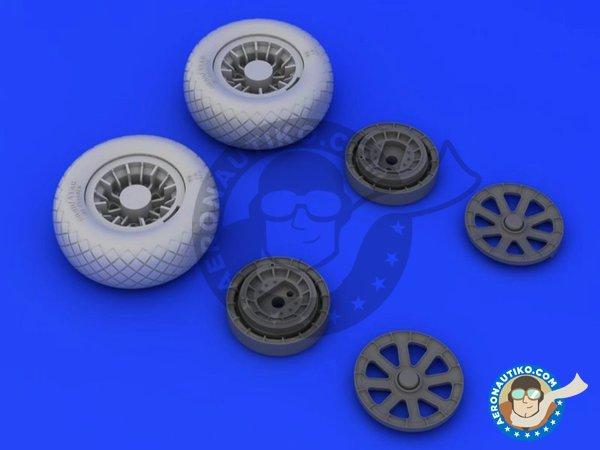 Image 1: F4U-1 wheels diamond pattern   Wheels in 1/32 scale manufactured by Eduard (ref.632052)
