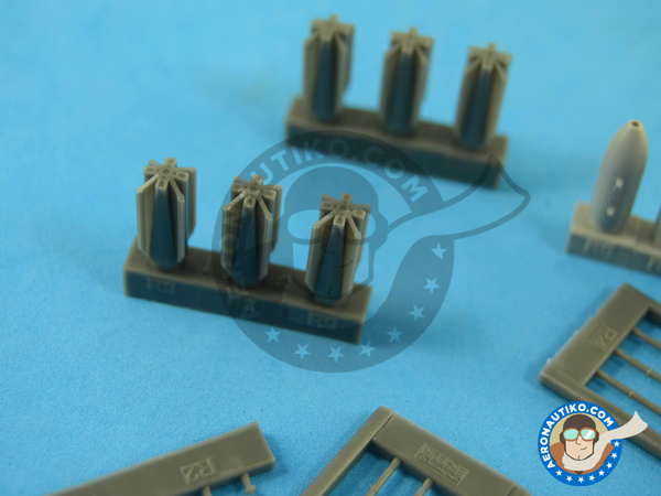 Image 6: M117 | Bombs in 1/72 scale manufactured by Eduard (ref.672059)