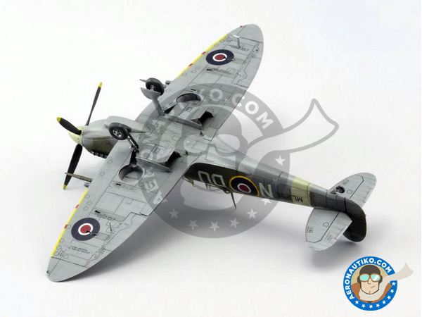 Image 9: Supermarine Spitfire Mk. IXc late | Airplane kit in 1/72 scale manufactured by Eduard (ref. 70121)
