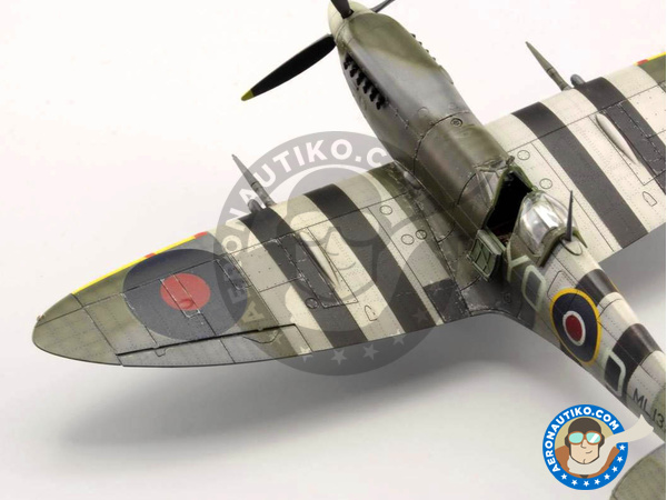Image 12: Supermarine Spitfire Mk. IXc late | Airplane kit in 1/72 scale manufactured by Eduard (ref. 70121)