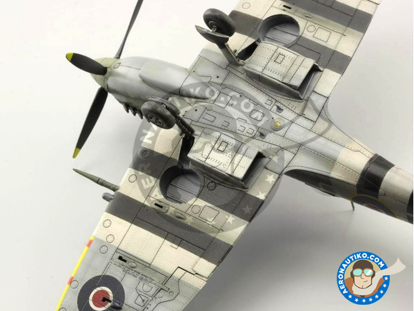 Image 14: Supermarine Spitfire Mk. IXc late | Airplane kit in 1/72 scale manufactured by Eduard (ref. 70121)