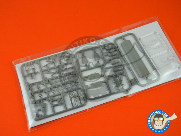 Image 4: Handley Page Victor B.2 | Airplane kit in 1/144 scale manufactured by Great Wall Hobby (ref.L1004)