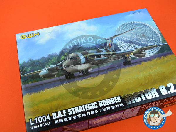 Image 11: Handley Page Victor B.2 | Airplane kit in 1/144 scale manufactured by Great Wall Hobby (ref.L1004)