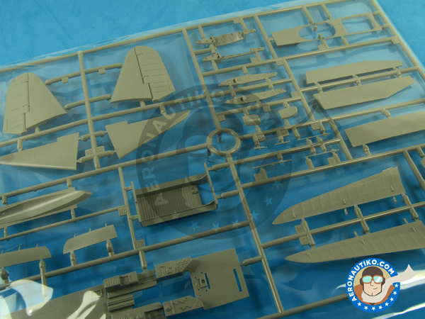 Image 10: Douglas TBD Devastator 1 VT-8 | Airplane kit in 1/48 scale manufactured by Great Wall Hobby (ref. L4807)