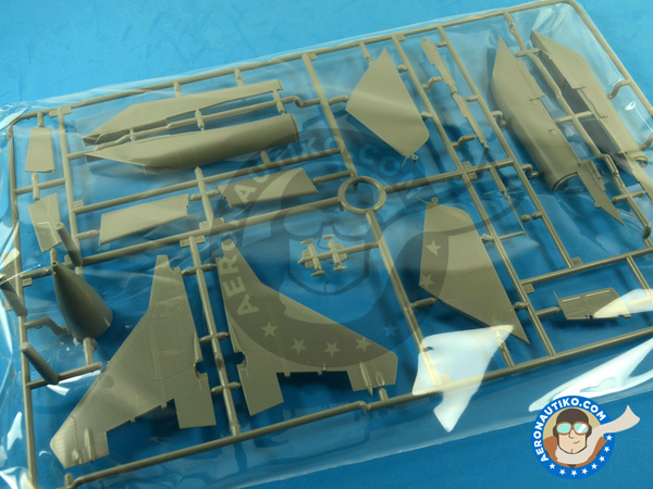 Image 13: Mikoyan MiG-29 Fulcrum 9-12 Late type | Airplane kit in 1/48 scale manufactured by Great Wall Hobby (ref. L4811)