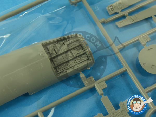 Image 4: McDonnell Douglas F-15 Eagle C MSIP II | Airplane kit in 1/48 scale manufactured by Great Wall Hobby (ref. L4817)
