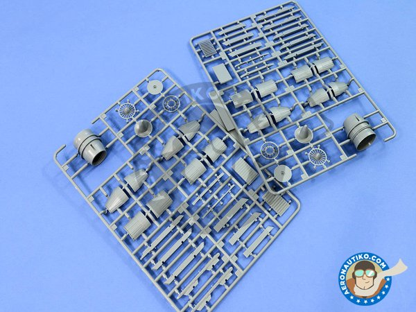 """Image 12: Sukhoi Su-35S """"Flanker-E"""" Multirole Fighter 