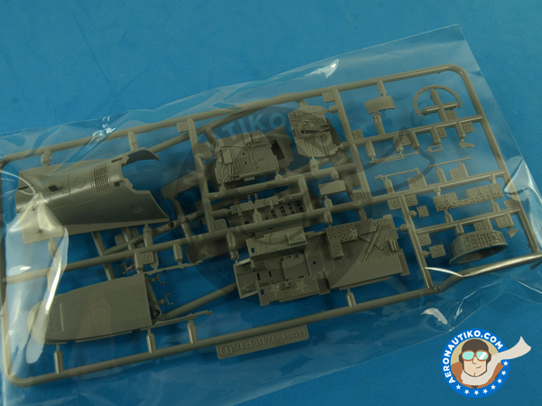 Image 5: McDonnell Douglas F-15 Eagle C MSIP II | Airplane kit in 1/48 scale manufactured by Great Wall Hobby (ref.S4804)