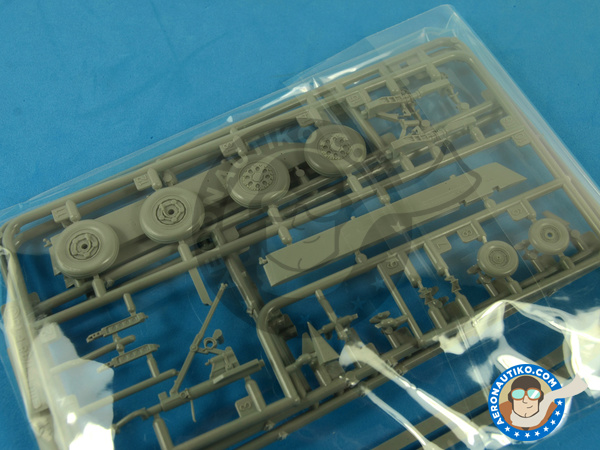 Image 6: McDonnell Douglas F-15 Eagle C MSIP II | Airplane kit in 1/48 scale manufactured by Great Wall Hobby (ref.S4804)