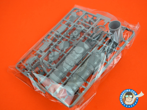 Image 5: McDonnell Douglas F-15 Eagle C | Airplane kit in 1/48 scale manufactured by Great Wall Hobby (ref.S4806)