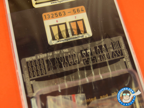 Image 4: Arado Ar 196 | Seatbelts in 1/32 scale manufactured by HGW (ref. 132564)