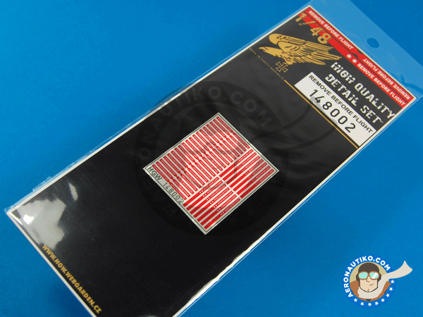 Image 1: Remove before flight | Detail in 1/48 scale manufactured by HGW (ref. 148002)