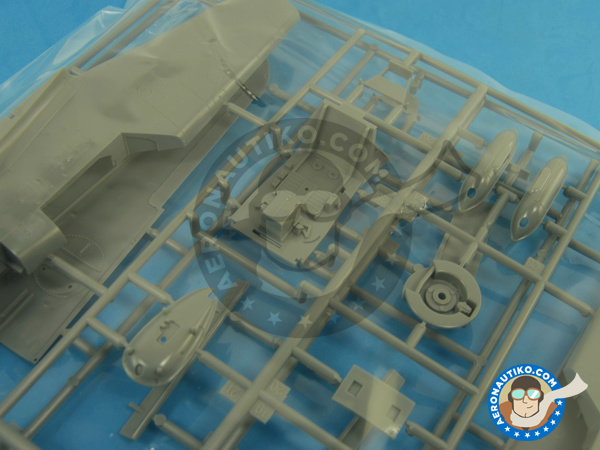 Image 4: Messerschmitt Bf 109 G-2   Airplane kit in 1/32 scale manufactured by Hasegawa (ref.08230)