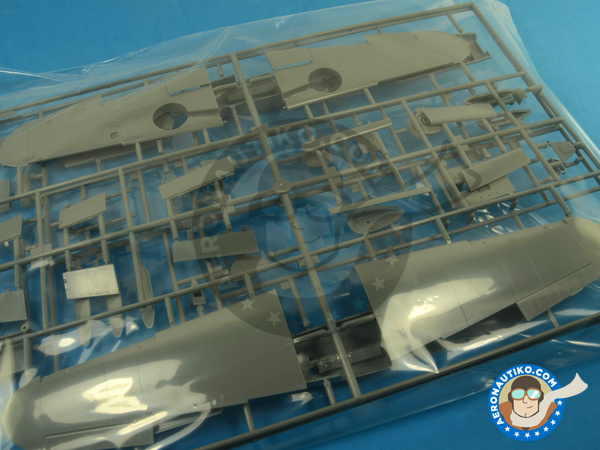 Image 7: Messerschmitt Bf 109 G-2   Airplane kit in 1/32 scale manufactured by Hasegawa (ref.08230)
