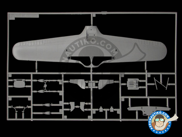 Image 3: Macchi M.C.205 Veltro | Airplane kit in 1/48 scale manufactured by Italeri (ref. 2765)