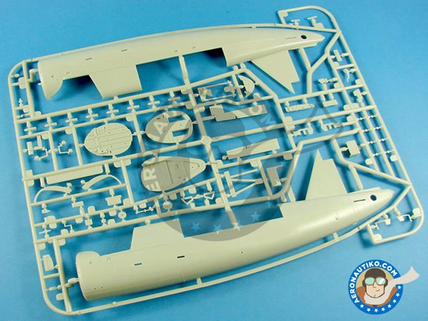 Image 6: OS2U Kingfisher | Model kit in 1/48 scale manufactured by Kitty Hawk (ref. KH32016)