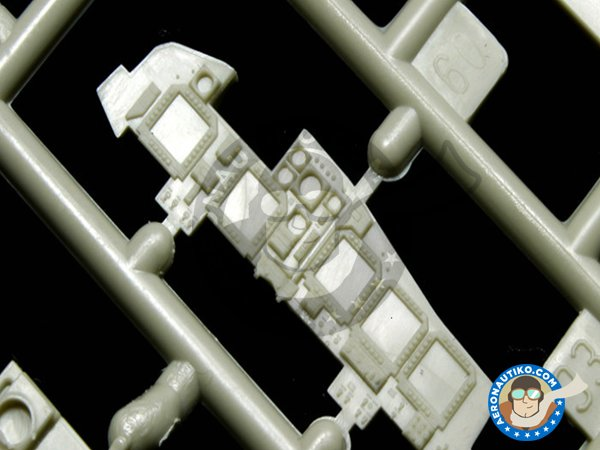 """Image 1: Su-34 """"Fullback""""   Model kit in 1/48 scale manufactured by Kitty Hawk (ref.KH80141)"""