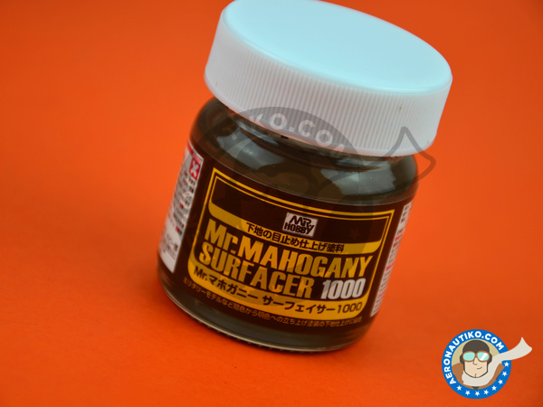Image 1: Mr. Mahogany Surfacer 1000 | Primer manufactured by Mr Hobby (ref.SF-290)