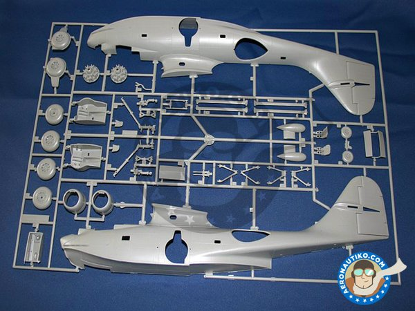 Image 1: Consolidated PBY-5A Catalina | Airplane kit in 1/48 scale manufactured by Revell (ref. 04507)