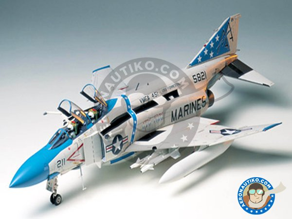 Image 1: McDonnell Douglas F-4 Phantom II J | Airplane kit in 1/32 scale manufactured by Tamiya (ref. 60306)