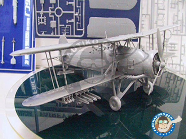 Image 5: Fairey Swordfish Mk.II | Model kit in 1/48 scale manufactured by Tamiya (ref. 61099)
