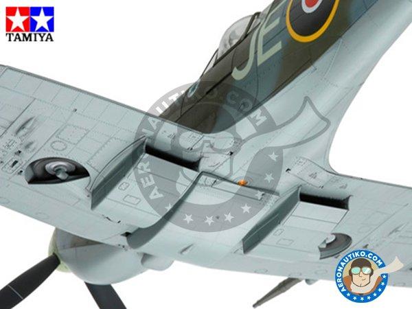 Image 4: Supermarine Spitfire Mk. IX C | Airplane kit in 1/32 scale manufactured by Tamiya (ref.60319)
