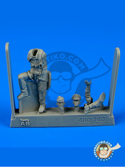 Aerobonus: Figure 1/48 scale - USAF Fighter Pilot - Guadalcanal - resin