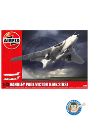 Airfix: Airplane kit 1/72 scale - Handley Page Victor B Mk II - RAF (GB0) - different locations 1964 and 1968 - plastic parts, water slide decals and assembly instructions