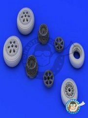 Eduard: Wheels 1/48 scale - F-86F Wheels - paint masks, resin parts and assembly instructions - for Hasegawa kit