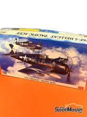 Hasegawa: Airplane kit 1/48 scale - Grumman F6F Hellcat 5 1944 and 1945