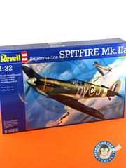 Revell: Airplane kit 1/32 scale - Supermarine Spitfire Mk. IIa - RAF (GB4); RAF (GB3) - World War II 1941 - plastic parts, water slide decals and assembly instructions