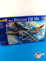 Revell: Airplane kit 1/72 scale - British Aerospace Harrier II GR Mk. 7 / 9 - plastic model kit
