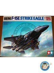 Tamiya: Airplane kit 1/32 scale - McDonnell Douglas F-15 Strike Eagle E -  (US0) - different locations - metal parts, plastic parts, water slide decals, other materials and assembly instructions