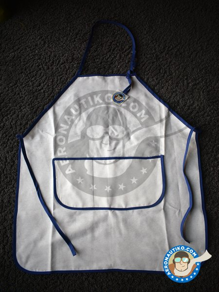 Apron for modelers | Apron manufactured by Aeronautiko (ref. atk-01) image