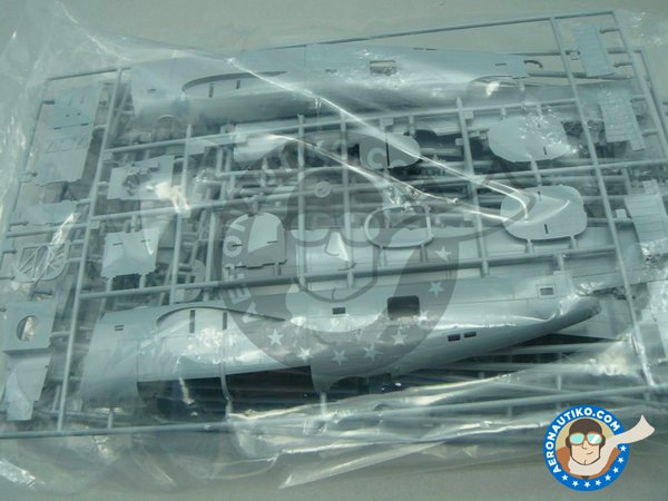 Image 7: B-24 Liberator Riders in the Sky 1945 | Airplane kit in 1/72 scale manufactured by Eduard (ref. 2123)