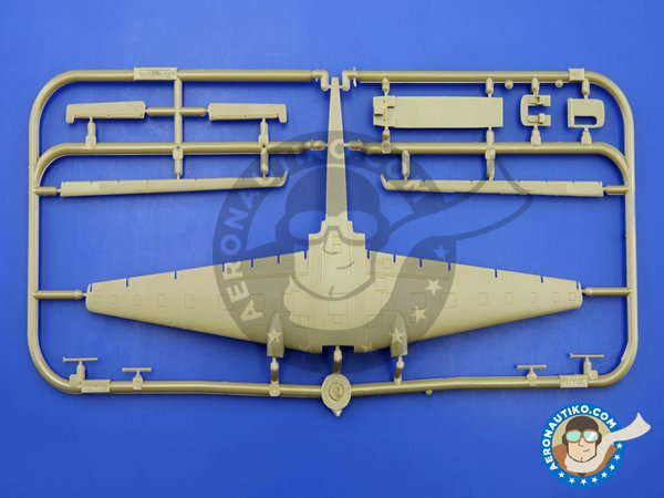 Image 1: Junkers Ju-52 | Airplane kit in 1/144 scale manufactured by Eduard (ref. 4424)