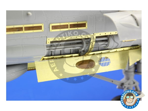 Image 3: Grumman F-14D Armament | Photo-etched parts in 1/32 scale manufactured by Eduard (ref. ED32309)