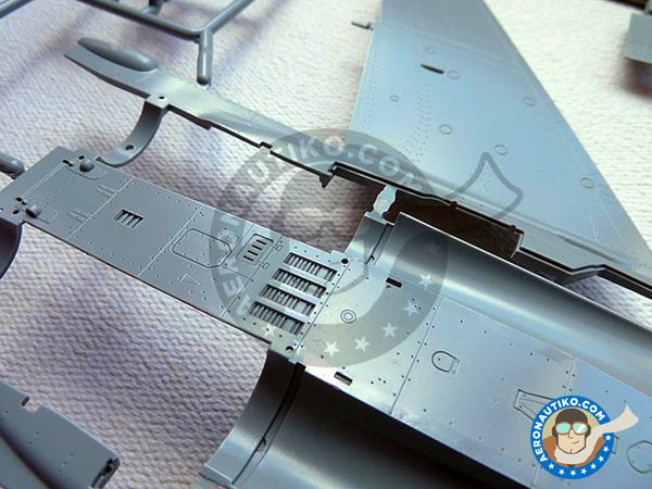 "Image 5: MiG-29 ""Fulcrum C"" 9-13 