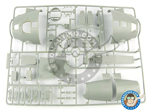 Image 5: B-17 E/F Flying Fortress | Airplane kit in 1/32 scale manufactured by HK Models (ref. 01E05)