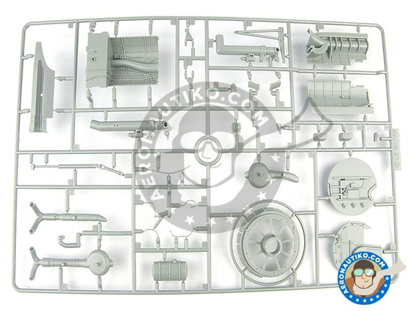 Image 9: B-17 E/F Flying Fortress | Airplane kit in 1/32 scale manufactured by HK Models (ref. 01E05)