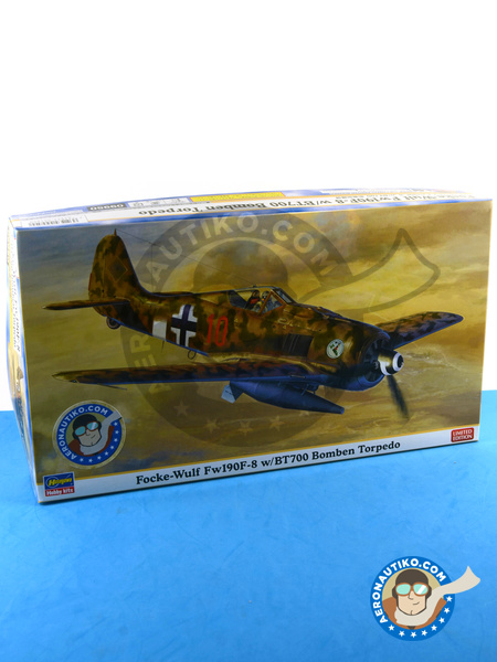 Focke-Wulf Fw 190 Würger F-8 | Airplane kit in 1/48 scale manufactured by Hasegawa (ref. 09950) image