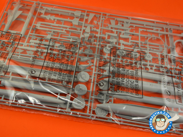 Image 6: Dassault Mirage III E / R | Airplane kit in 1/32 scale manufactured by Italeri (ref. 2510)