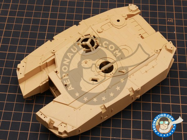 Image 1: LEOPARD II REVOLUTION II MBT | Tank kit in 1/35 scale manufactured by Tiger Model (ref. 4628)