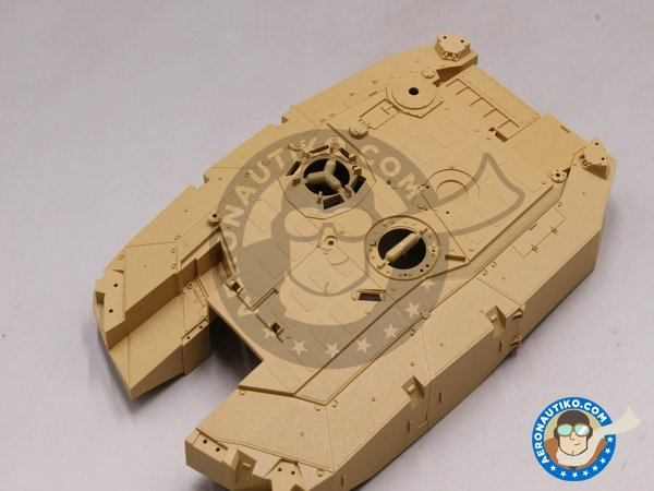 Image 5: LEOPARD II REVOLUTION I | Tank kit in 1/35 scale manufactured by Tiger Model (ref. 4629)